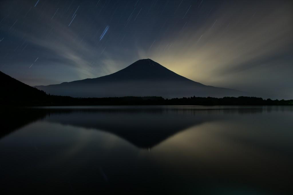 Yuga Kurita Mount Fuji Lake Tanuki Nikon D5300 Long Exposure_DSC2057