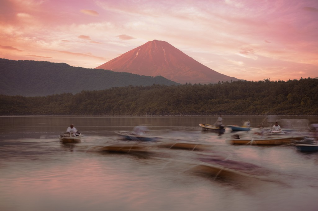 Yuga Kurita Lake Saiko Mt Fuji DP2 Merrill_SDI0307